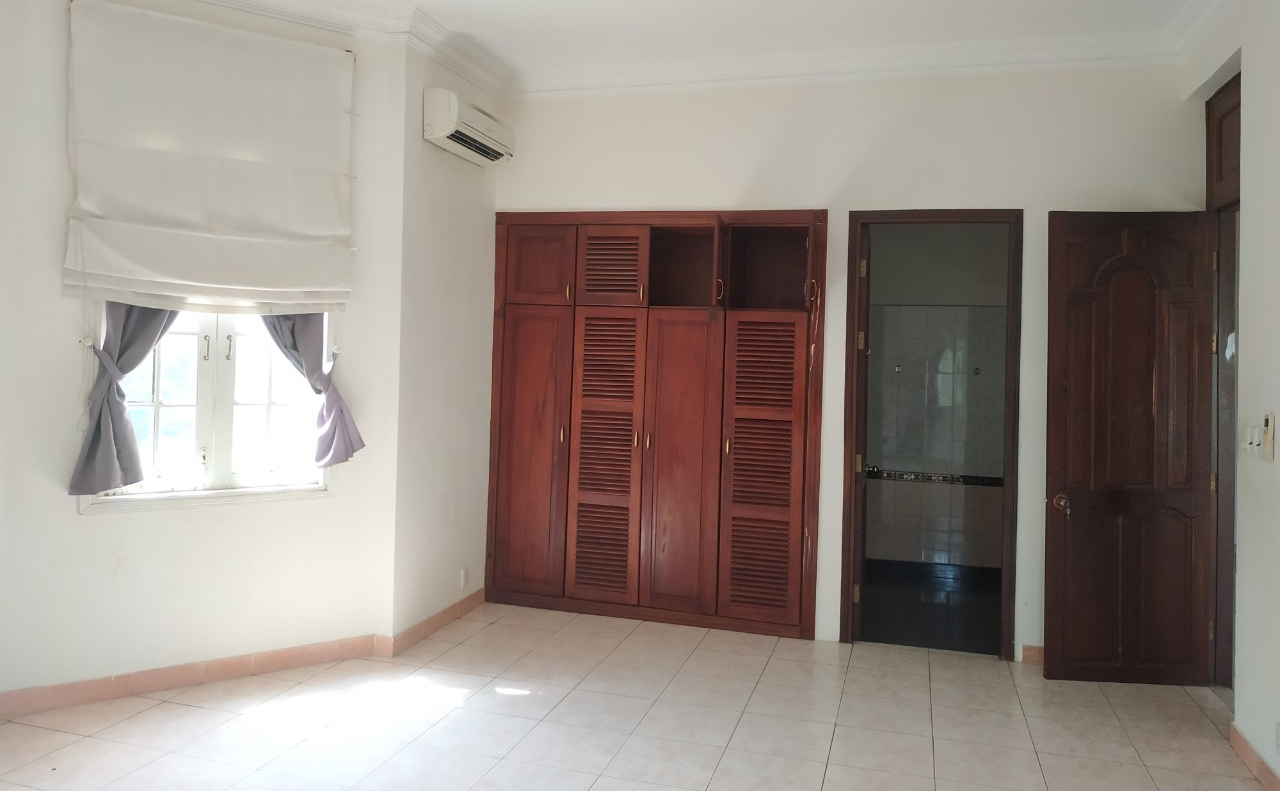 villa for rent in district 2 D220058 (16)