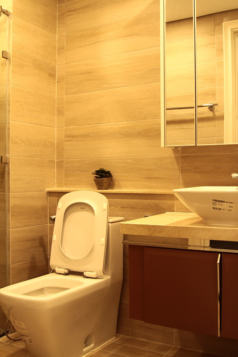D102994 - Vinhomes Golden River Apartment For Rent & Sale Ho Chi Minh - 2 bedroom