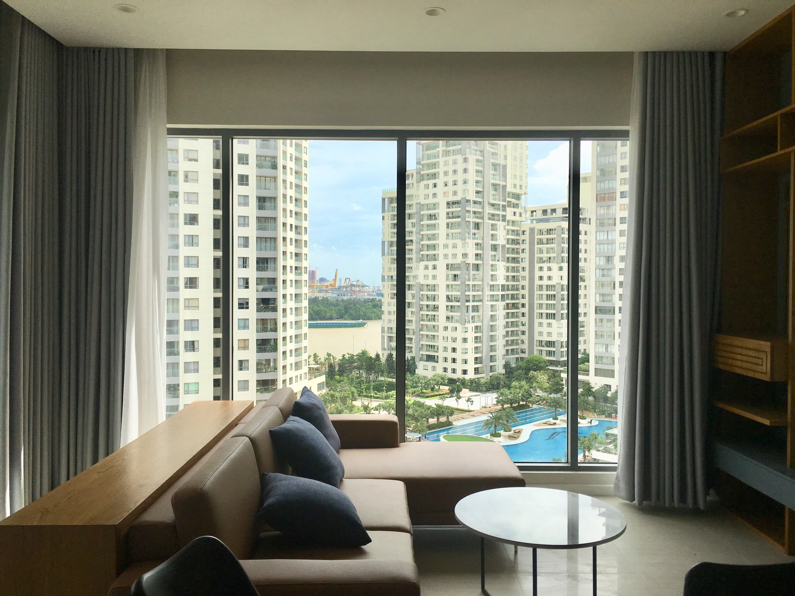 DI0953 - Diamond Island Apartment For Rent & Sale in Ho Chi Minh City - 2 bedroom