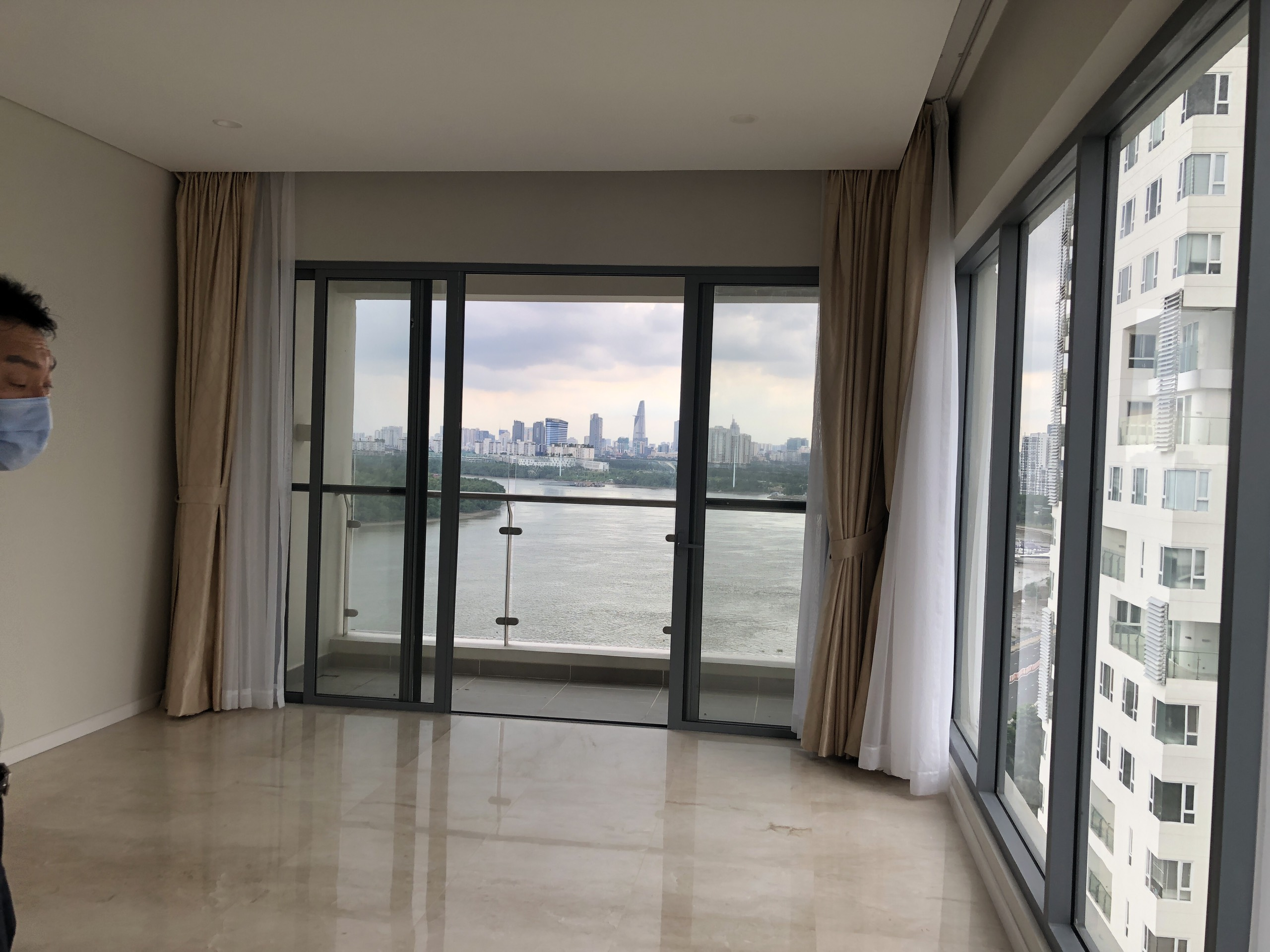 DI0694 - Diamond Island Apartment For Sale & Sale in Ho Chi Minh City - 3 bedroom