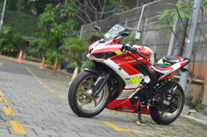 modifikasi yamaha yzf r25 2016