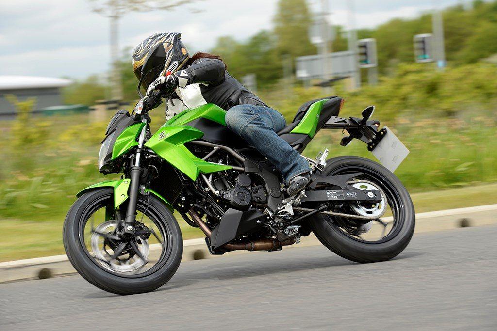 Bobot ringan Kawasaki z250sl