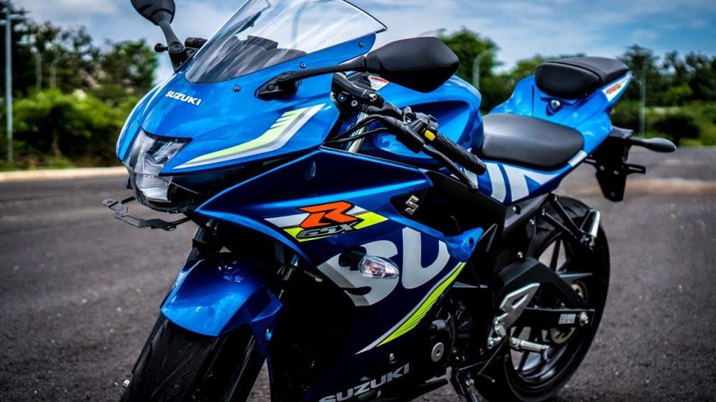 suzuki gsx-r150 biru