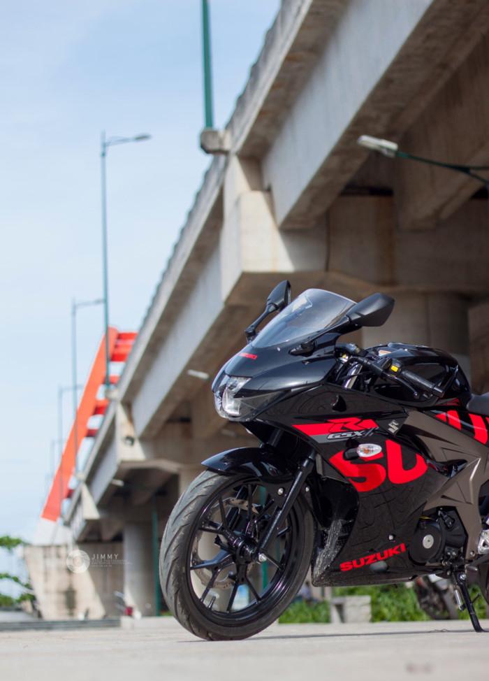 Suzuki GSX R150 Cukup Menawan