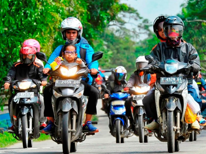 Polri menghimbau kepada para pemudik untuk tidak menggunakan sepeda motor saat mudik