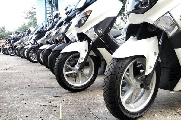 Yamaha Nmax Menggunakan Ban Zeneos Milano