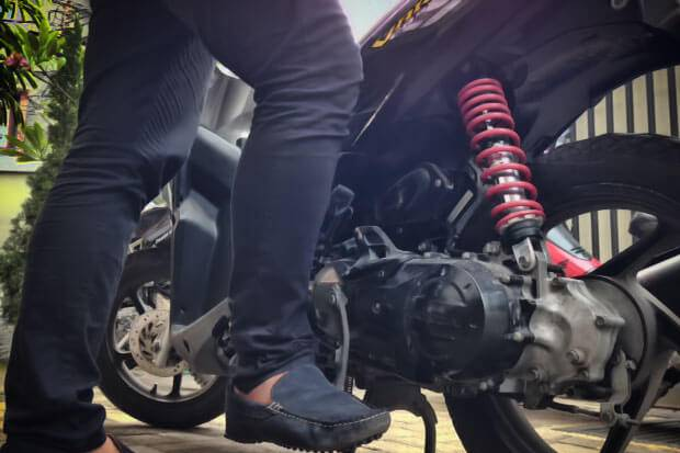 Cara Manasin Motor Yang Baik Adalah Menggunakan Kick Starter Saat Menyalakan Mesin
