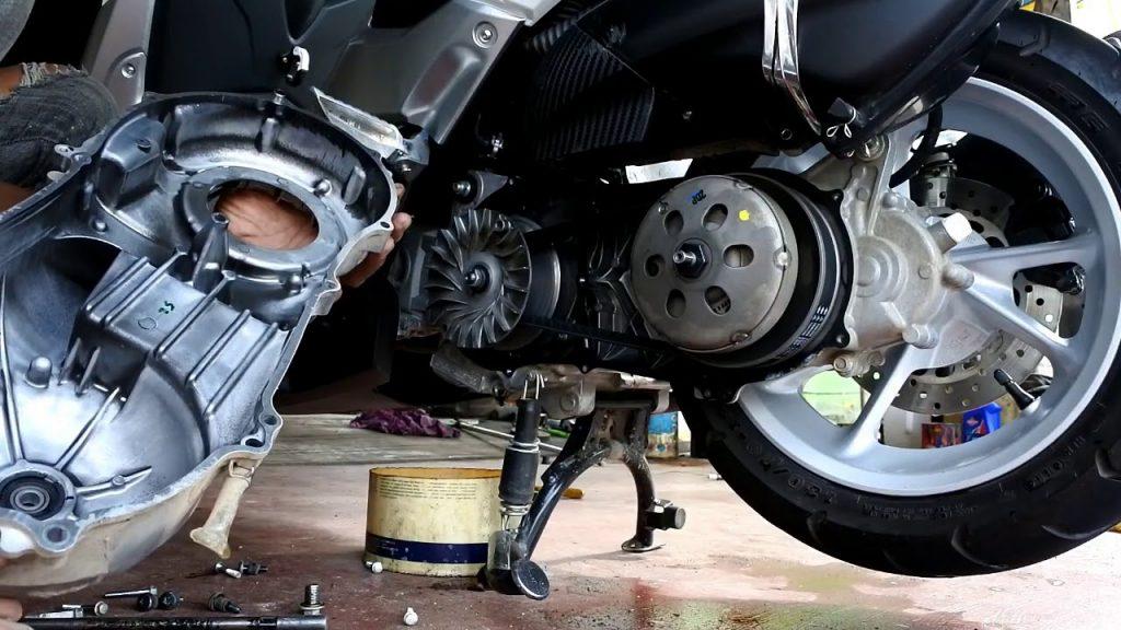 Upgrade CVT Yamaha Nmax, subtitusi pakai per cvt honda pcx Biar Makin Ngacir