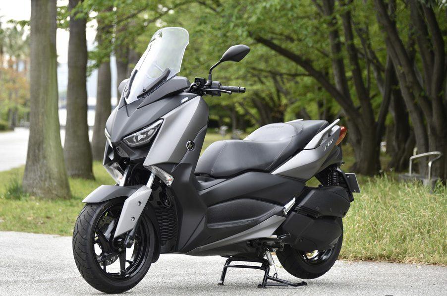 Yamaha XMax Terlihat Begitu Kekar Dan Elegan