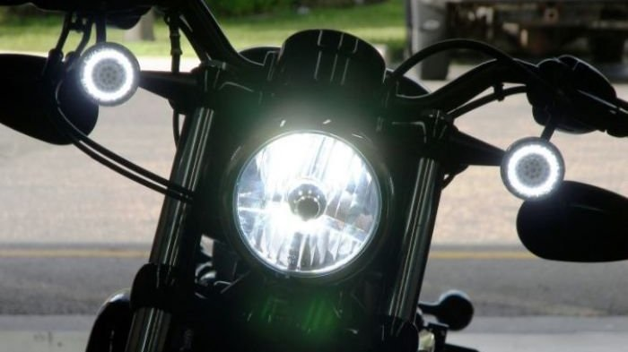 Lampu motor low beam