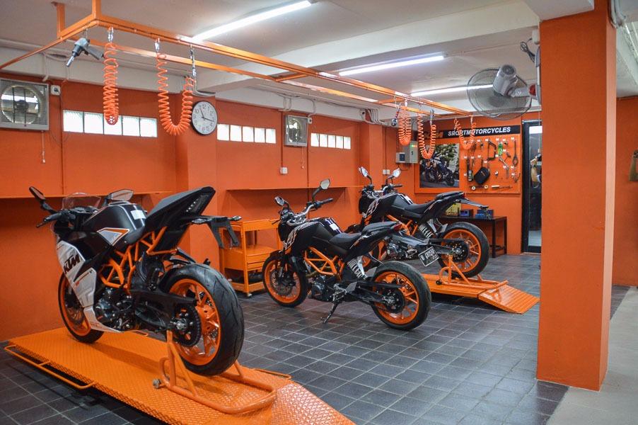 Bengkel Resmi Milik KTM, Bersih, Rapi Dan Profesional