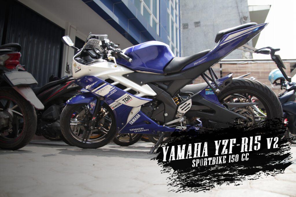 Yamaha R15 moladin