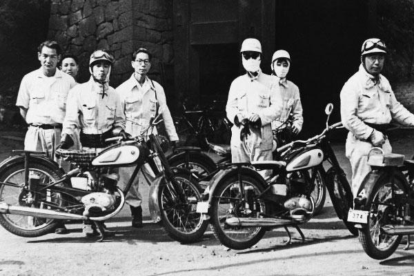 Motor Pertama Yamaha YA-1