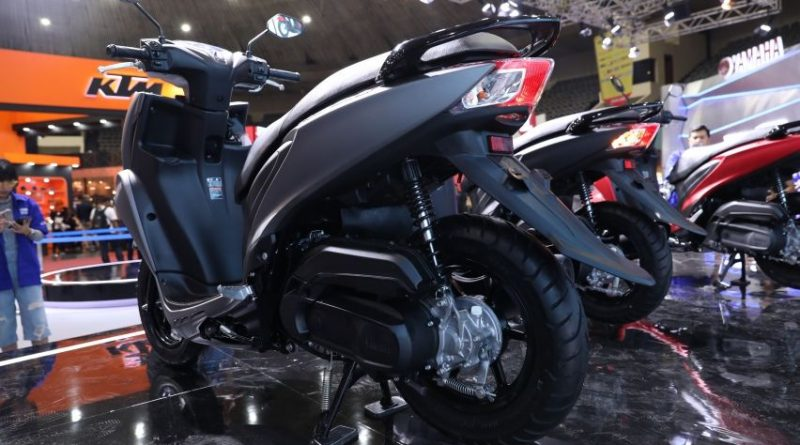 vario 125 vs freego