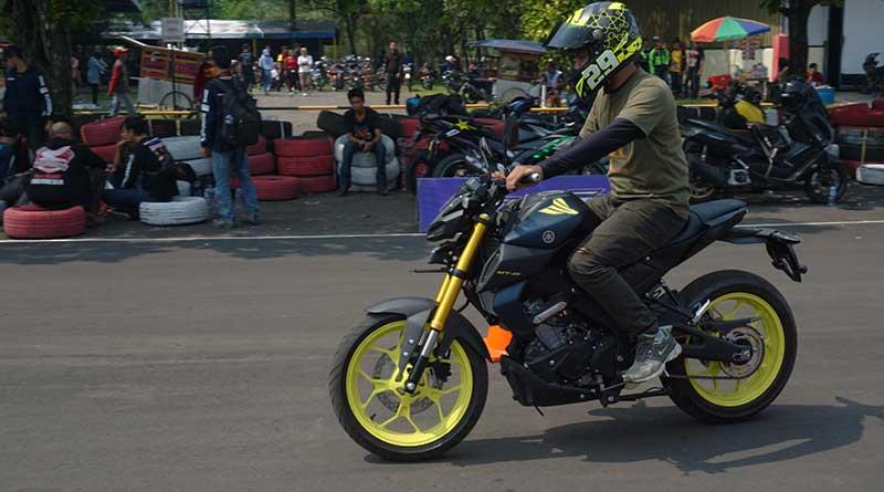 riding-impresion-yamaha-mt-15