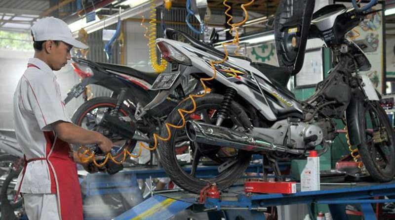rawat sepeda motor rutin