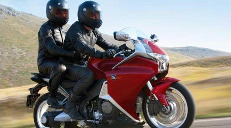 5-aturan-jadi-penumpang-motor