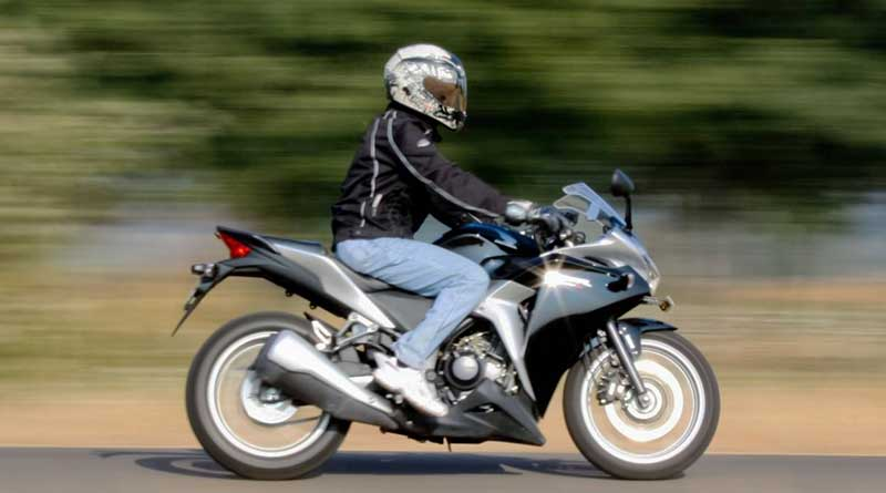 Berkendara Di Bawah Batas Kecepatan Maksimal
