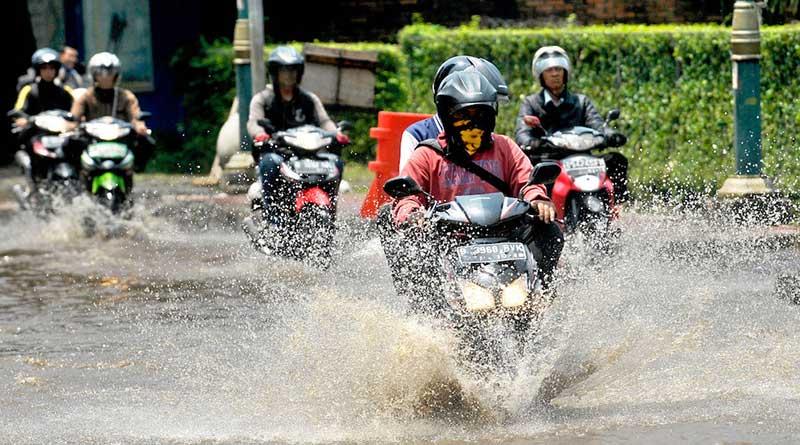 Penyebab Motor Turun Mesin sering menerobos banjir