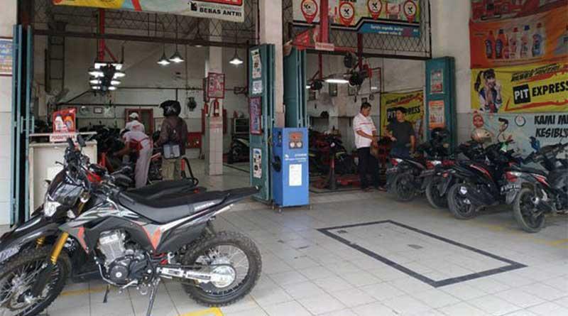 Service motor secara rutin