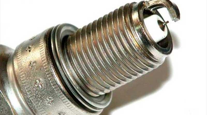 Center Elektroda Busi Motor