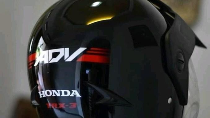 Helm Honda ADV