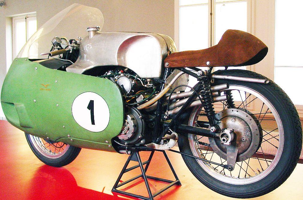 Moto Guzi V8