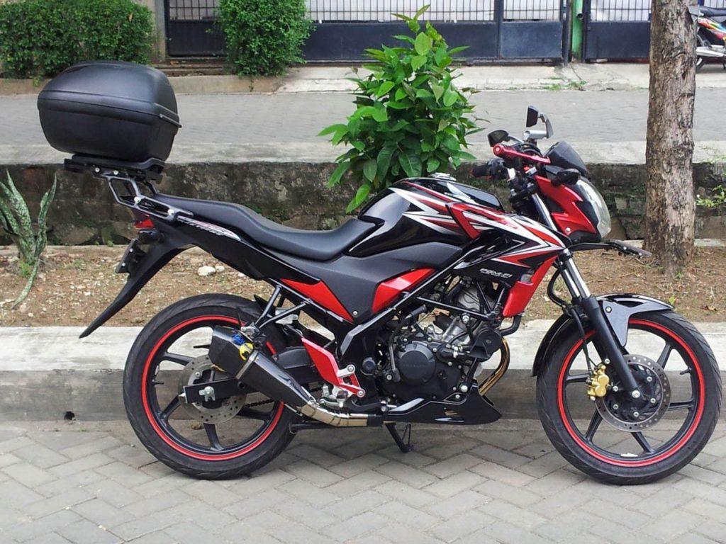 Box Motor CB150R