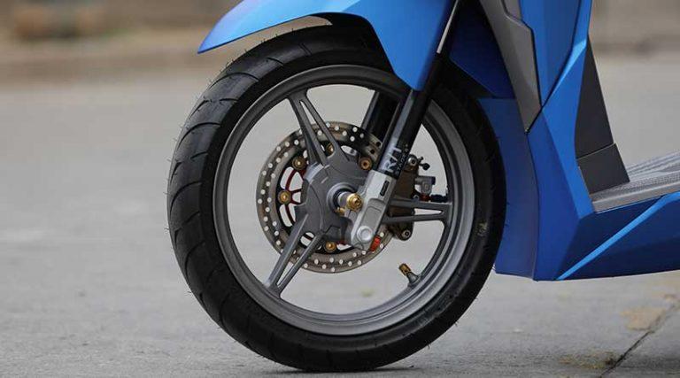 velg motor bengkok