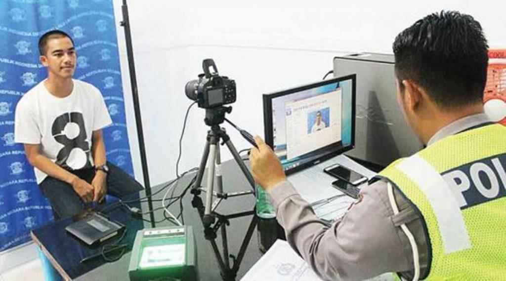Legalisasi pembuatan sim