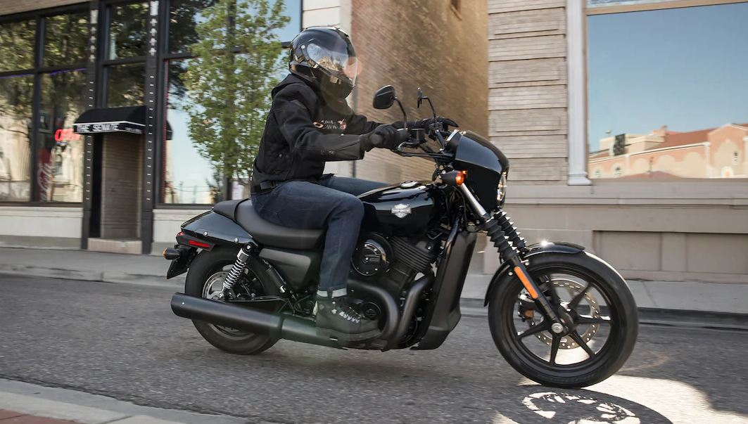 Motor Mirip Harley