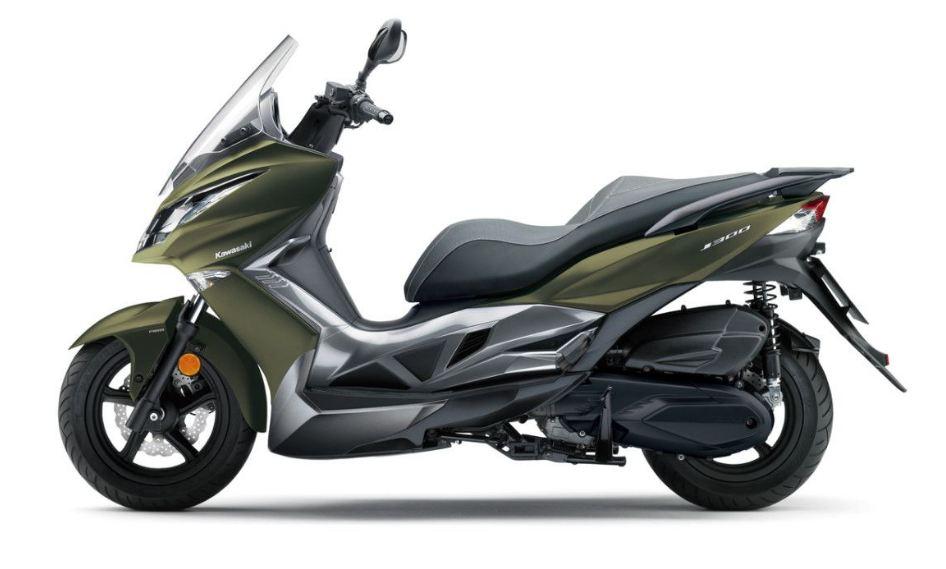 Moge Matik Kawasaki J300