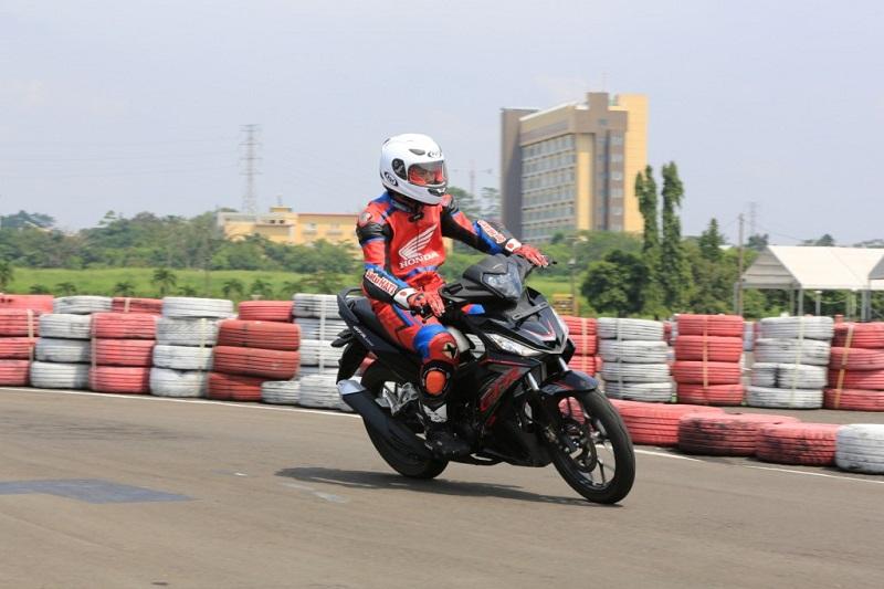 Honda Supra GTR Speed Challenge 01
