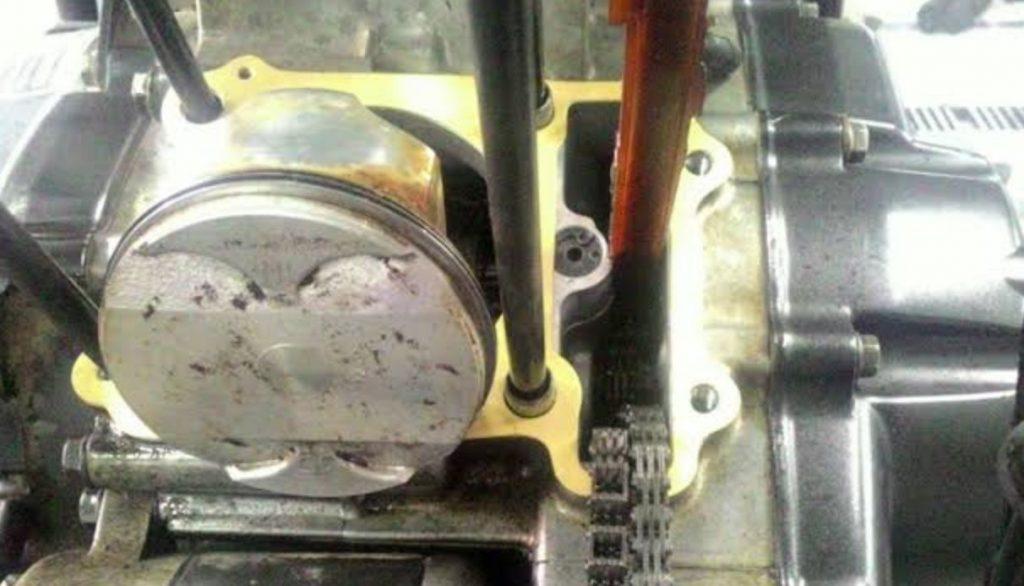 Penyebab Motor Ngebul Asap Putih Packing kepala silinder