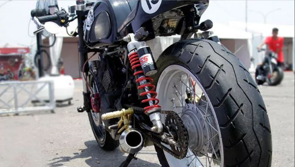 Satria FU Cafe Racer