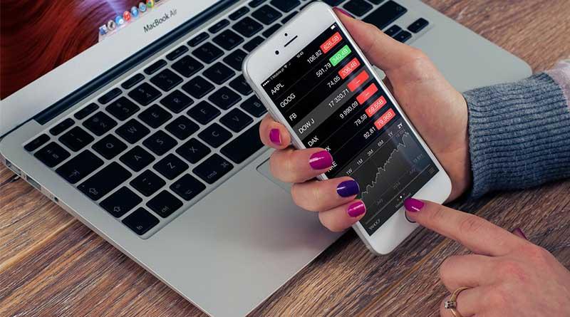 keuntungan-dan-kerugian-pinjaman-dana-tunai-secara-online