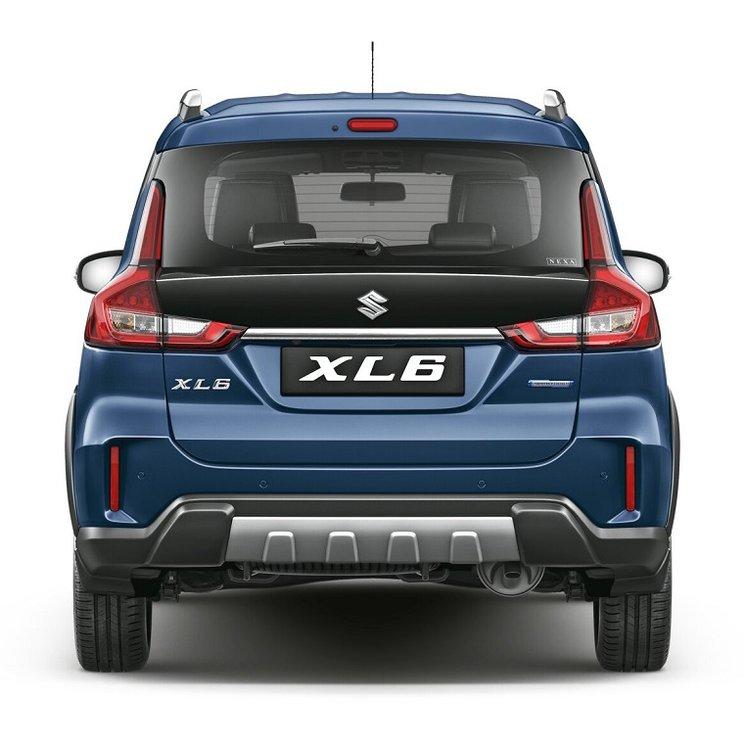 Suzuki XL7 Meluncur 003