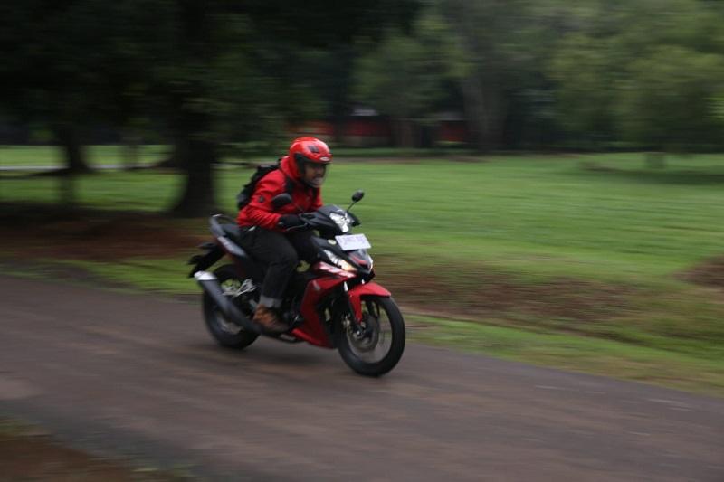 test ride Honda supra gtr