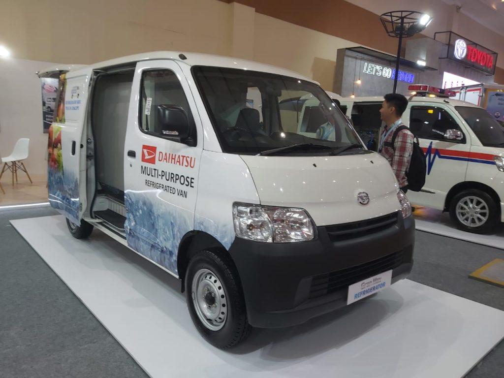 Daihatsu Gran Max Blind Van 1