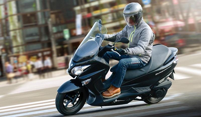 Suzuki Burgman 200 2020 002