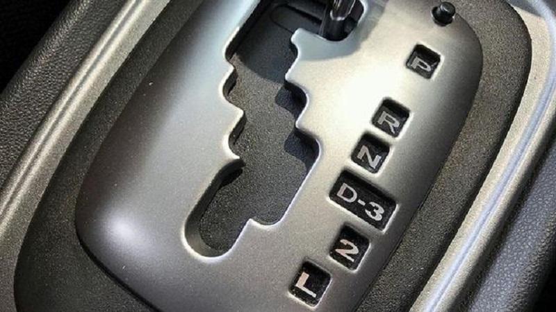Cara menyetir mobil matik 001