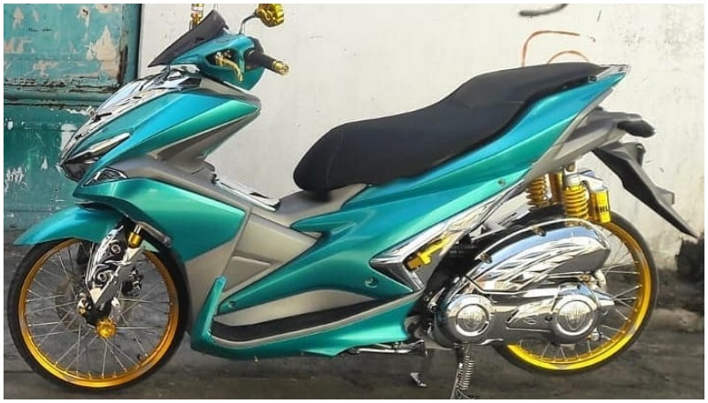 Yamaha Aerox Modifikasi Thailook
