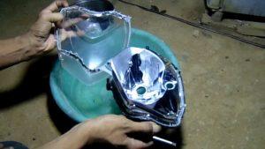 mika lampu motor