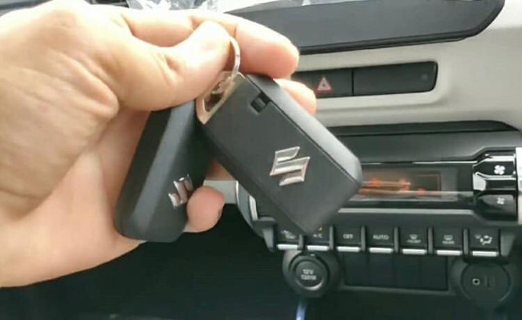 Perbedaan Suzuki Ignis baru Vs lama di kunci yang digunakan