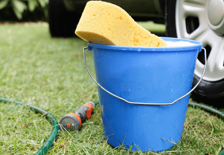 Peralatan cuci mobil