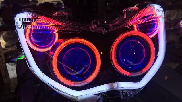 Sistem penerangan lampu LED motor