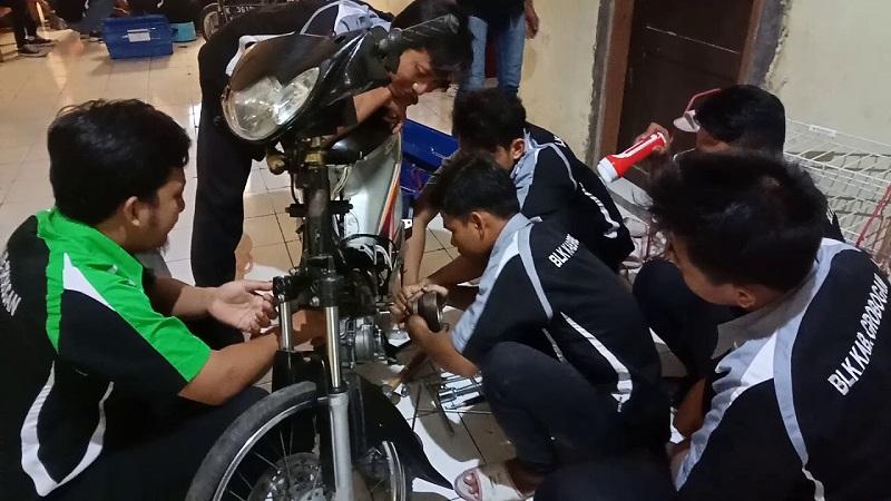 Pelatihan mekanik otomotif
