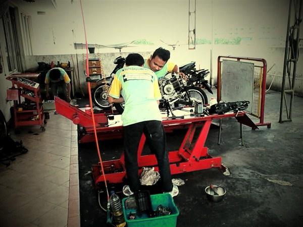 Lembaga kursus mekanik Techno Motor Academy