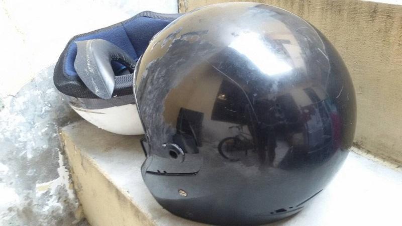 Cat warna dasar helm yang kamu warnai