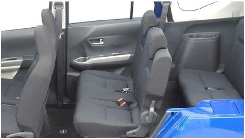 Konfigurasi 3 Baris Daihatsu Sigra